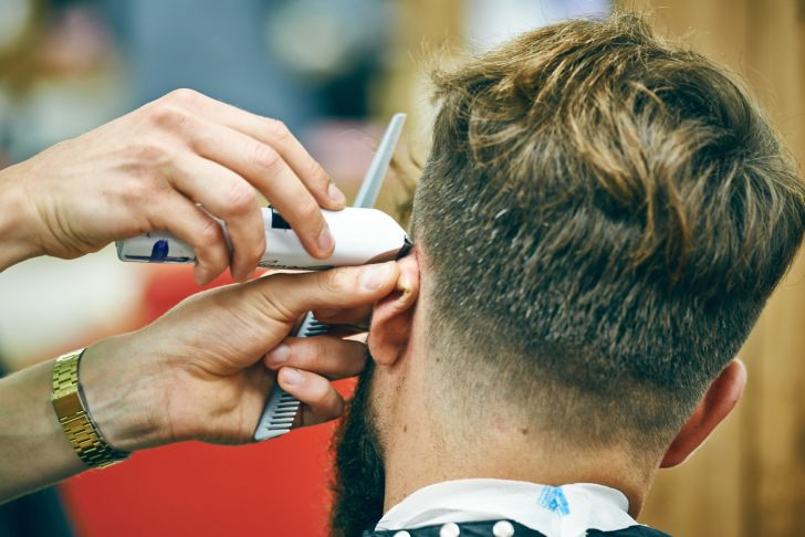 Where to Apply Government Grants for Barber School