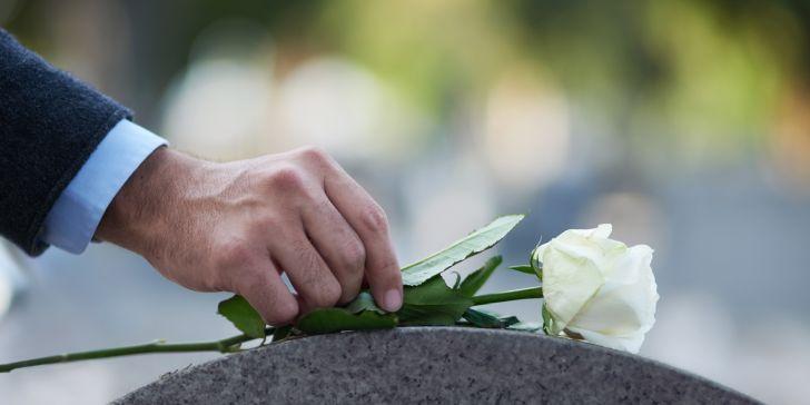 Funeral advantage program assists seniors