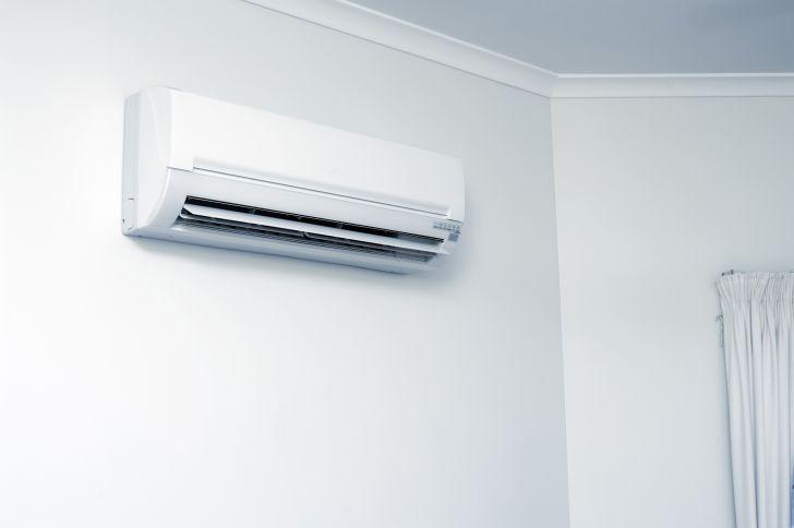 free-air-conditioner-for-seniors